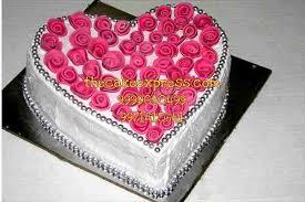 1 5 kg pink roses beautiful cake gurgaon online delivery delhi