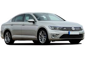 volkswagen passat estate review carbuyer