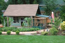 chicken coops in backyard 9 fancy chicken coops are great for