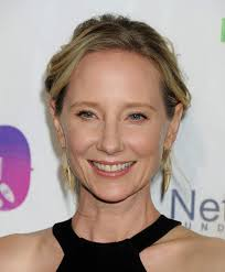 anne heche at the imagine ball at the house of blues celebzz