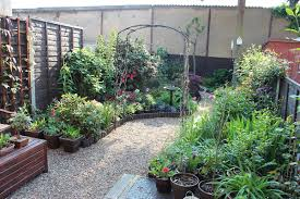 small garden layouts pictures download ideas for very small gardens gurdjieffouspensky com