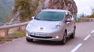 nissan leaf ev range 2017 nissan leaf with 300 km range youtube