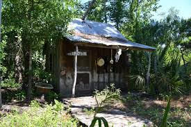 houses interesting houses bayou swamp fish trap survivalist small