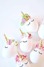 Large Plastic Easter Eggs Decorations by Best 25 Easter Eggs Ideas On Pinterest Easter Emoji Easter Egg