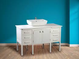 sur meuble de bureau recycler un bureau ancien en meuble vasque l atelier bois