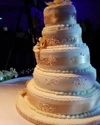 wedding cake fails wedding cake fails 12 woman s world