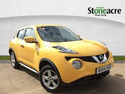 nissan juke yellow spoiler used nissan juke yellow for sale motors co uk