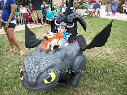 Toothless Dragon Halloween Costume Hiccup Toothless Babywearing Costume Train