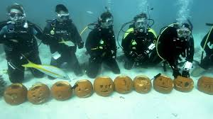 pumpkin carving contest prize ideas underwater pumpkin carving in the florida keys youtube