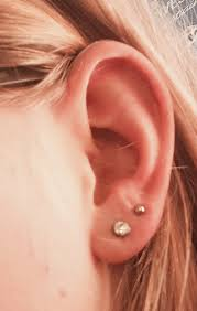 seconds earrings wishlist i really want to get a second piercing on my ear lobe