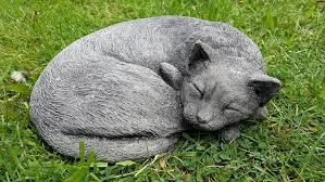 onefold sleeping curled up cat detailed cast garden