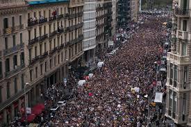catalonia leaders seek to make independence referendum binding
