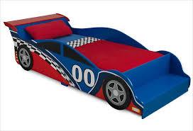 chambre voiture garcon parure de lit voiture de course pour garçon kidkraft sur apesanteur