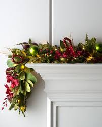 Pre Decorated Christmas Garland Best 25 Pre Lit Christmas Garland Ideas On Pinterest Farmhouse