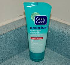 simple ultra light gel moisturizer refresh your morning with clean clear naturally cracked