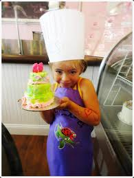Cake Decorating Classes Cake Decorating Classes Bella Christies And Lil Zs Sweet Boutique
