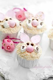 Decorate Easter Bunny Cupcakes by 227 Best Spring And Easter Themed Cakes And Desserts Images On