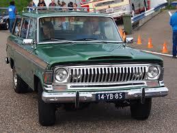 jeep van 2014 file 1973 jeep wagoneer licence 14 yb 85 pic2 jpg wikimedia