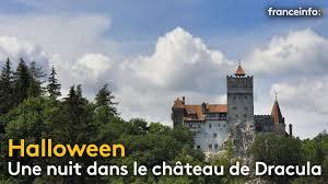 airbnb dracula halloween une nuit dans le château de dracula franceinfo