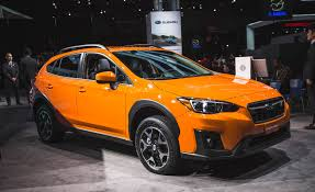 subaru crosstrek hybrid 2017 2018 subaru crosstrek pictures photo gallery car and driver