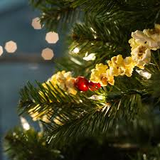 diy popcorn garland soul flower blog soulflower holiday