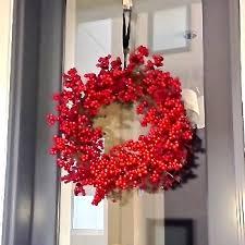 how to hang a wreath utr déco