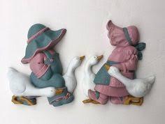 home interiors homco chickens little bonnet feeding