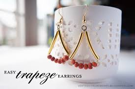 easy earrings diy easy trapeze earrings minted strawberry