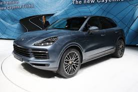 porsche suv price new 2018 porsche cayenne suv makes frankfurt debut auto express