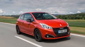 peugeot 207 red peugeot 207 car deals with cheap finance buyacar
