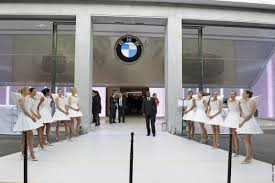 paris apple store bmw dealerships get their own apple style product geniuses