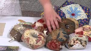 Making Pin Cushions Biscornu Pin Cushion From Carolyn Forster Taster Video Youtube
