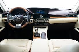 2015 lexus es300h vs es350 2016 lexus es 350 es 300h updated with new look safety features