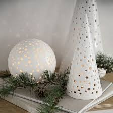 Christmas Decorations Snow Tree by Best 25 Ceramic Christmas Trees Ideas On Pinterest Christmas