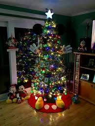 best christmas trees mickey mouse christmas tree these are the best christmas tree