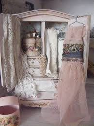 Shabby Chic Dollhouse by 32 Best Shabby Chic Doll House Images On Pinterest Dollhouses