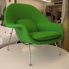 saarinen womb chair previewmod