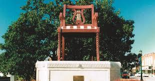 Chair City Properties Thomasville Nc World U0027s Largest Chair