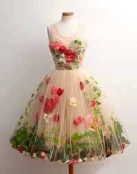 flower dress best 25 dress with flowers ideas on floral skirt