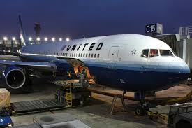 united airlines check in baggage fee 18 other united airlines horror stories u2014 is this the worst airline