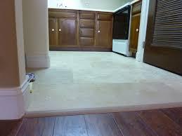 Laminate Flooring Knoxville Tn 1211 Highland Av 203 Knoxville Tn 37916 Rentutk Com 1 800