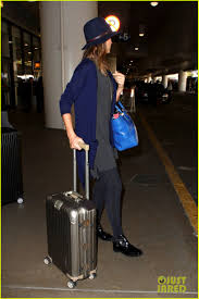 home for thanksgiving jessica alba back home for thanksgiving holiday photo 3000750