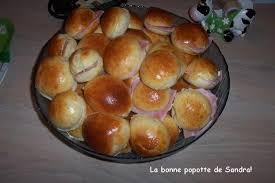 navette cuisine navettes ou petits pains au lait garnis pour appéritif dinatoire