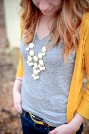 What Color Goes Best With Yellow by Best 25 Mustard Sweater Ideas On Pinterest Mustard Jumper