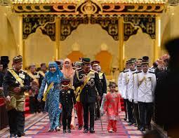 sultan hassanal bolkiah wives royals sytonnia live