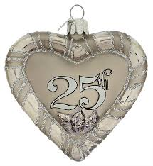 wedding gifts decor and ornaments