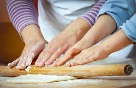 cours cuisine parent enfant atelier cuisine parent enfant commune d injoux génissiat ain 01
