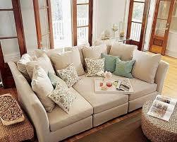 canapé avec gros coussins le canapé se fait géant floriane lemarié