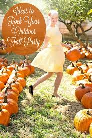 Fall Party Table Decorations - rock your outdoor fall party with these ideas
