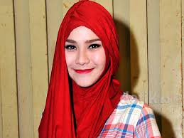 Lipstik Zaskia Adya Mecca ikuti nabi muhammad zaskia adya mecca serius menjadi pedagang